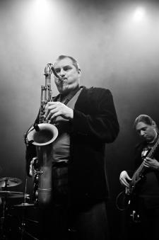 noble-band-oprawa-muzyczna-imprez-firmowych-i-wesel-33